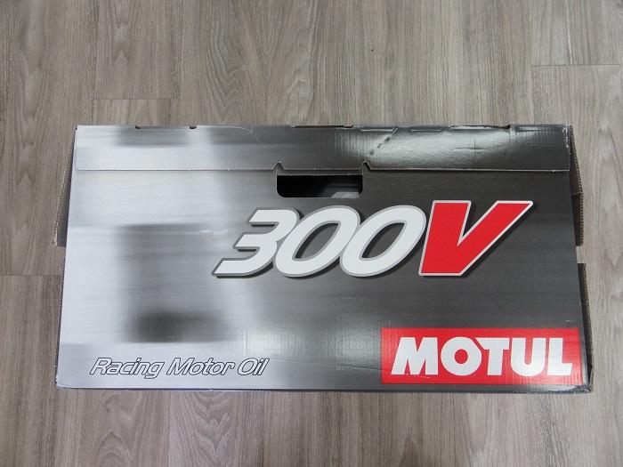 MOTUL 300V CHRONO 入荷♪