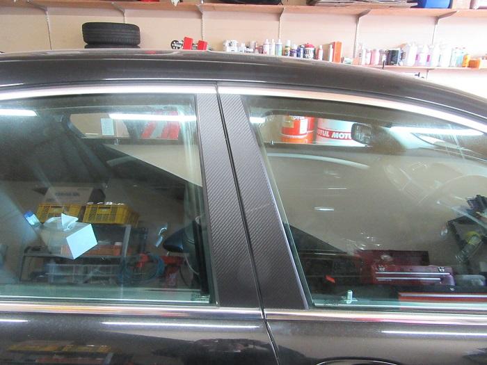 BMW 740i カーボンシート取付!