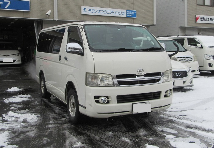 トヨタ ハイエースバン 車検整備 実施!